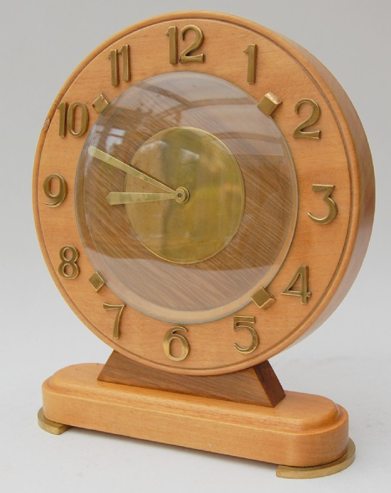 Bayard 1950s brass maple and oak mantle clock.