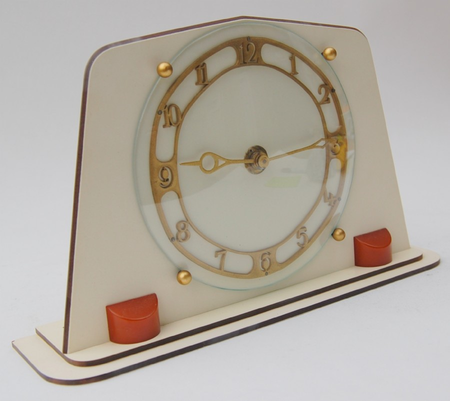Temco 1950s formica and lucite mantle clock
