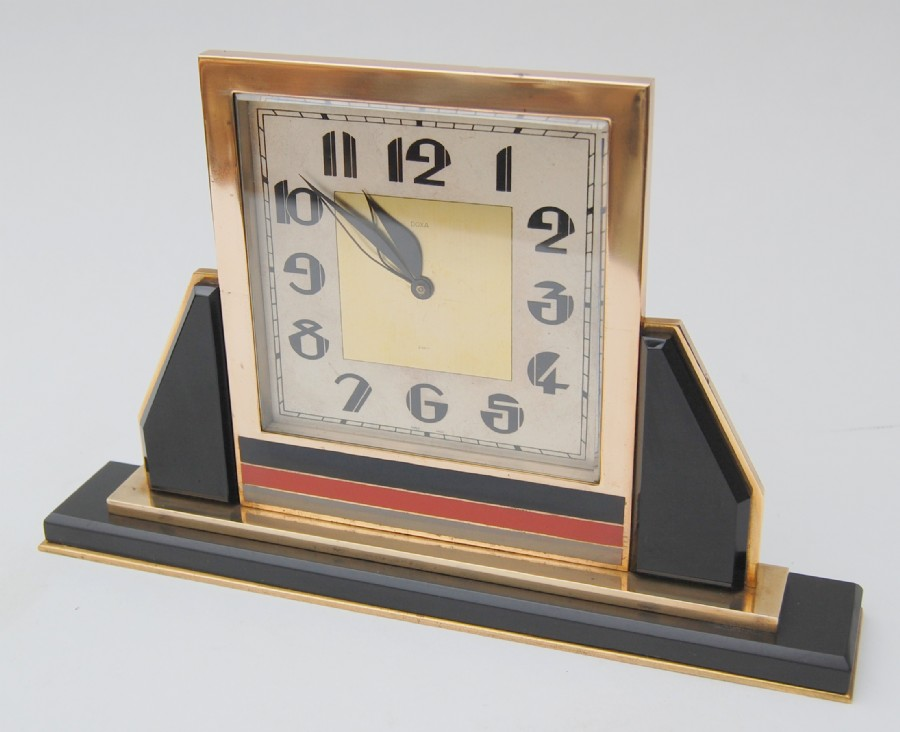 Sold. A suberb 1920 Paris art deco mantle clock. Very special.