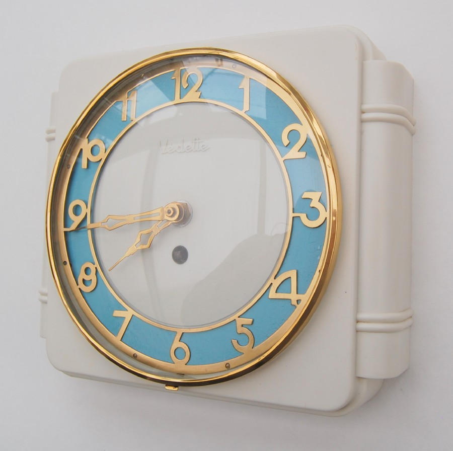 French 1930 Vedette kitchen wall clock